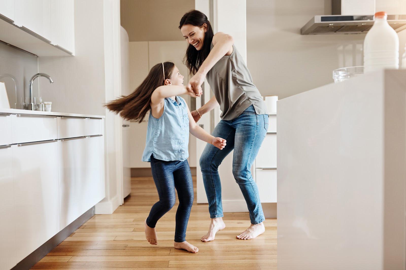 Happy dancing families